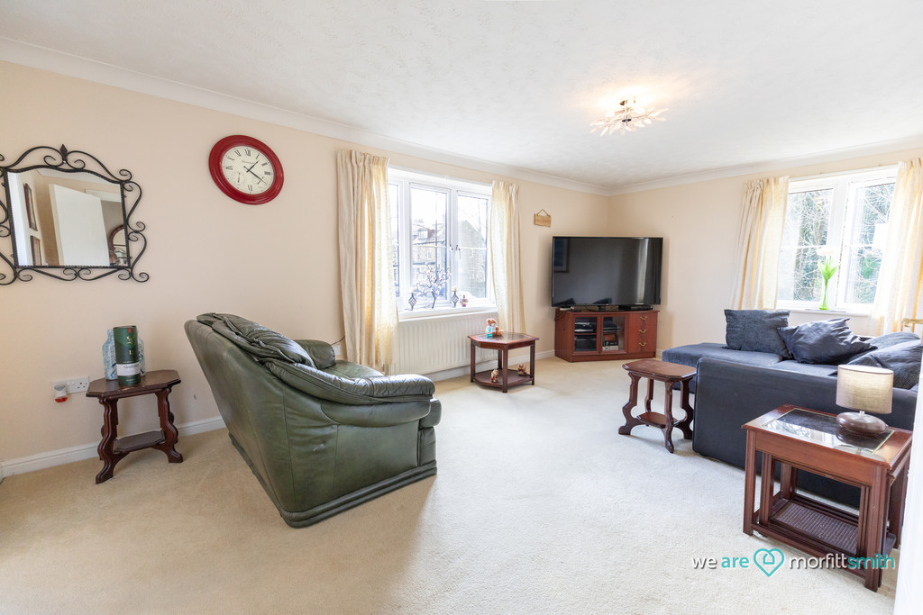 9 Queenswood Road Sheffield S6 1RR