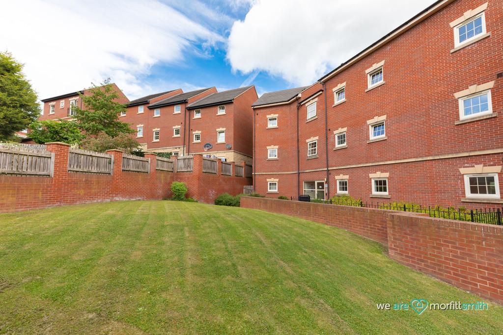 2 Holywell Gardens Holywell Heights Sheffield S4 8AU
