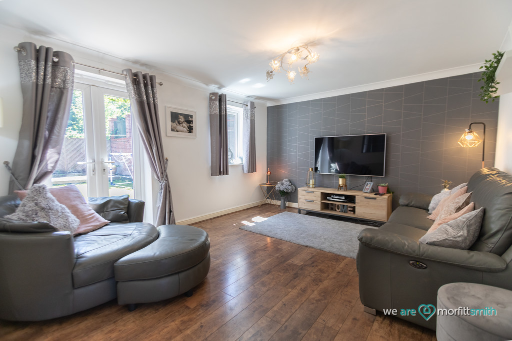 121 Middlewood Drive East Sheffield S6 1RW