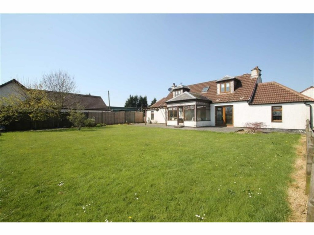 house for sale in East Whitburn