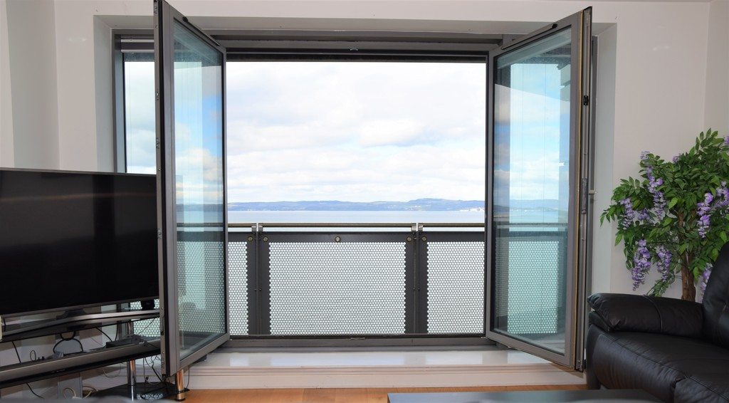 Images from 26 Western Harbour View  Edinburgh