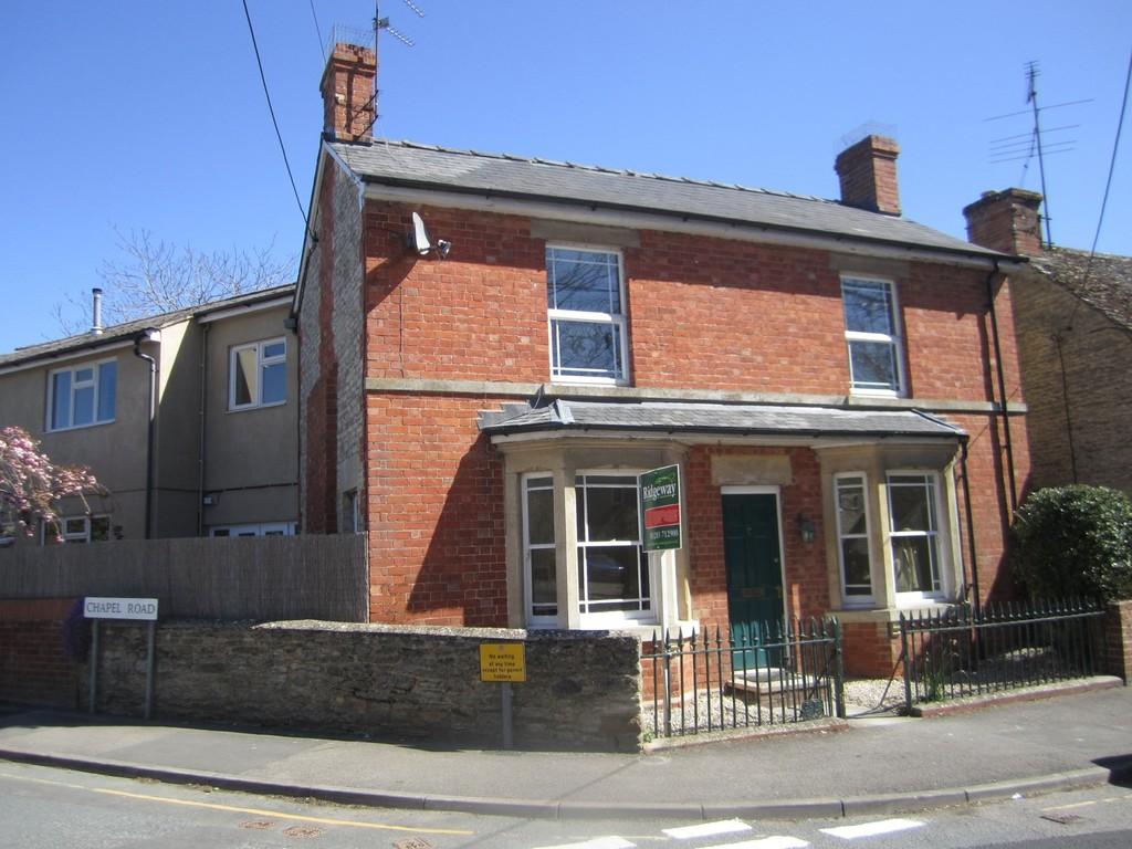 High Street, Kempsford