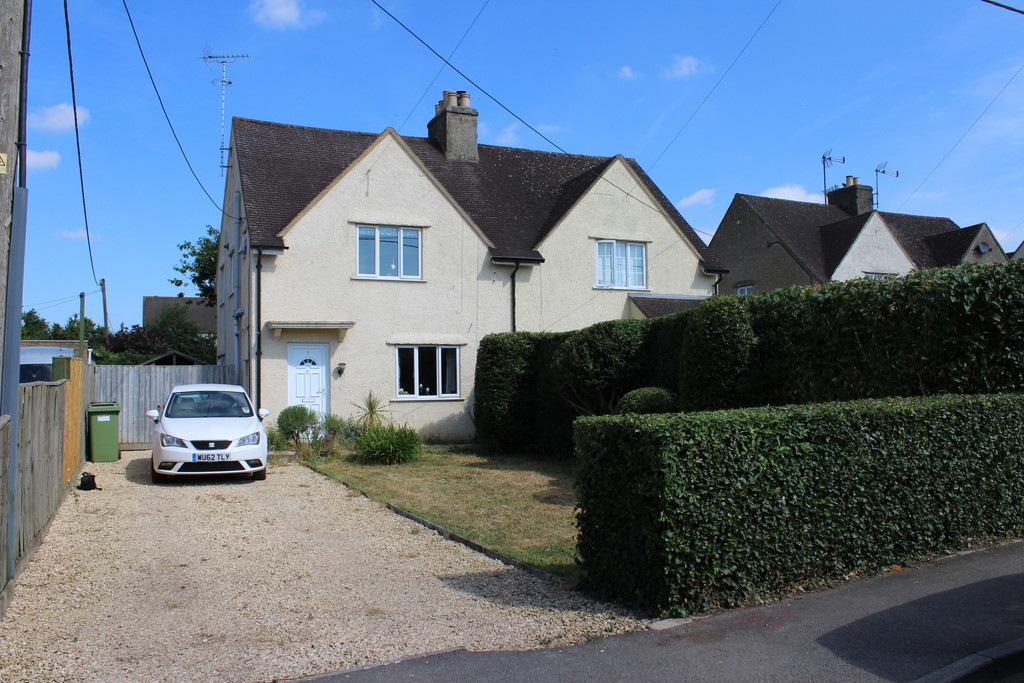 Hatherop Road, Fairford