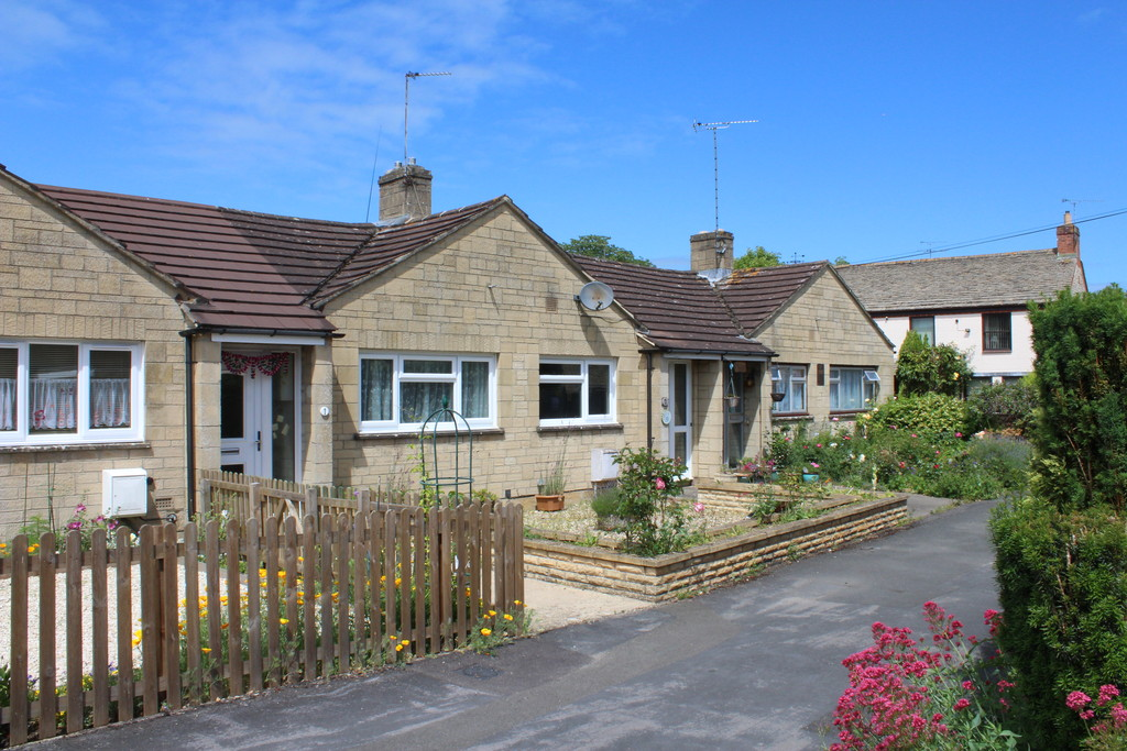 Wesson Place, Fairford
