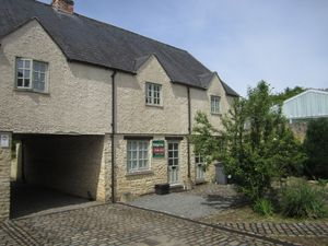 10 Tidford Cottages, Lechlade