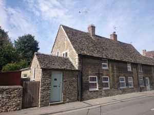 Thames Street, Lechlade