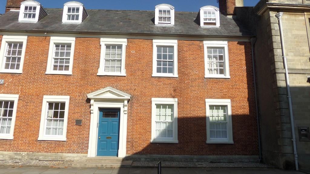 High Street, Royal Wootton Bassett