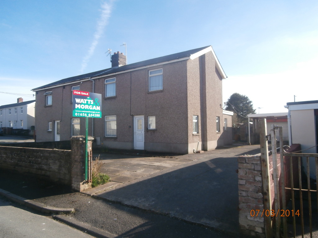 16 Glasfryn Square, Pyle, CF33 6AN