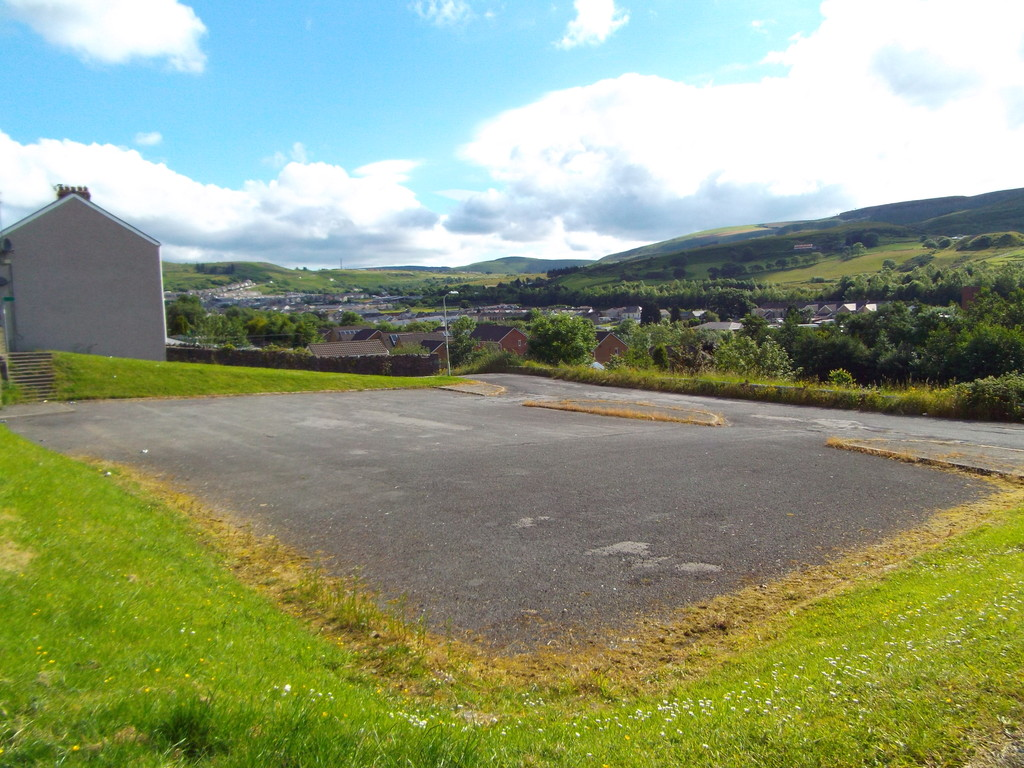 Auction 375 LOT 19 Land at Tonna Road, Caerau, Maesteg, Mid Glamorgan, CF34 0SB