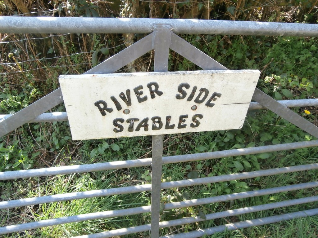 River Side Stables,Penybryn, Pyle, Bridgend, CF33 6RB