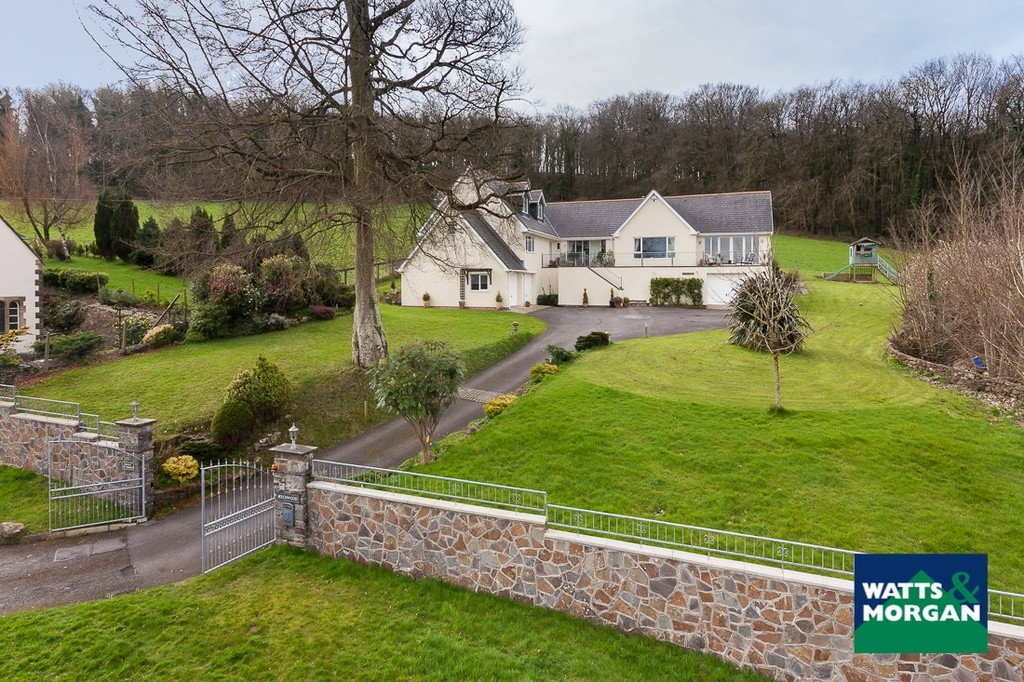 An exceptional family home in an outstanding location, Ewenny, Bridgend. Including gardens and grounds of approx 1.65 acres.