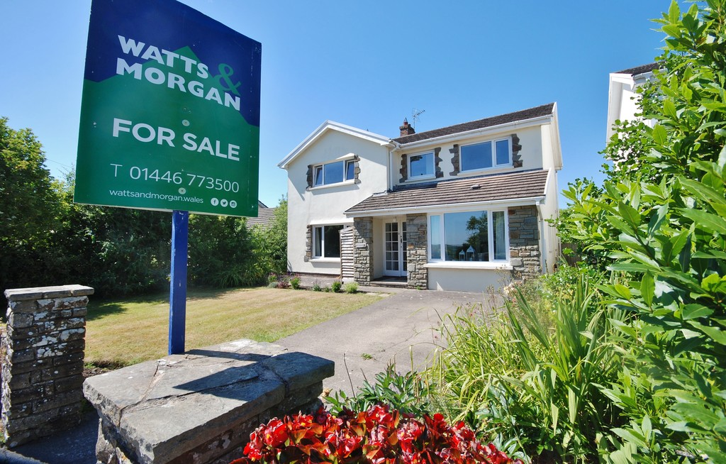A 4 bed, Detached Family Home In The Centre of The Popular Rural Village of Colwinston, Vale of Glamorgan