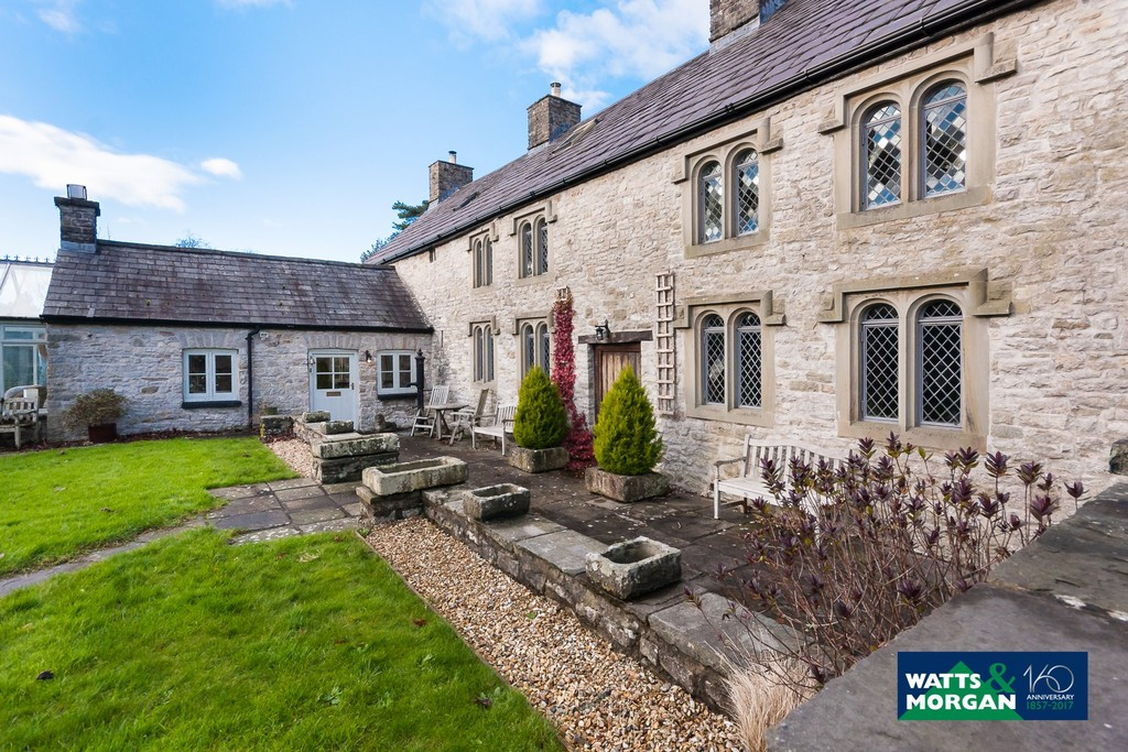 An exceptional Grade II listed family home with period detailing, St Hilary, Vale of Glamorgan