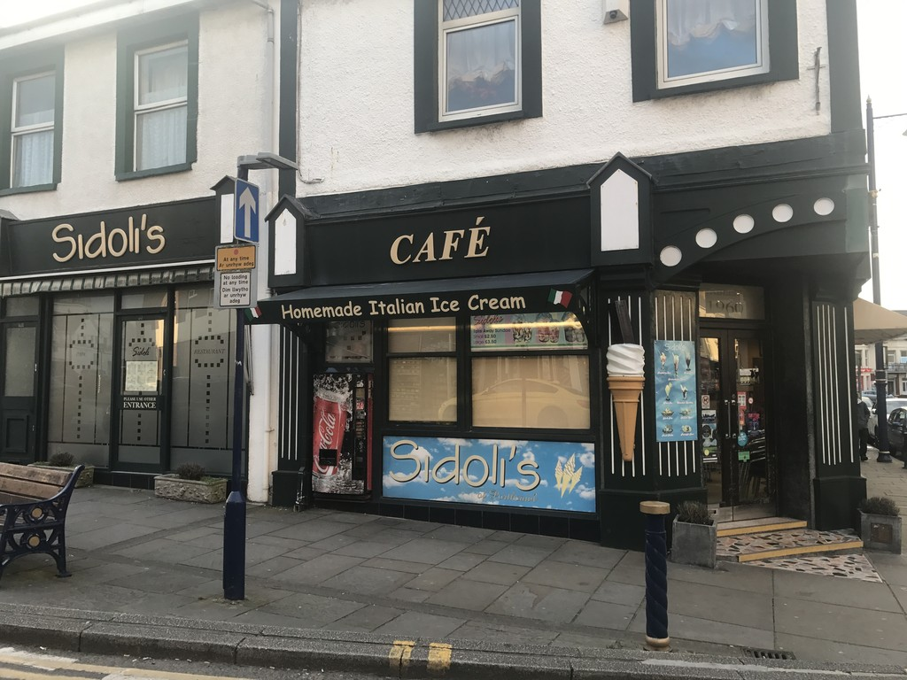 Prime Retail Units, Available individually or as a whole, 16 and 18 John Street, Porthcawl, CF36 3BA