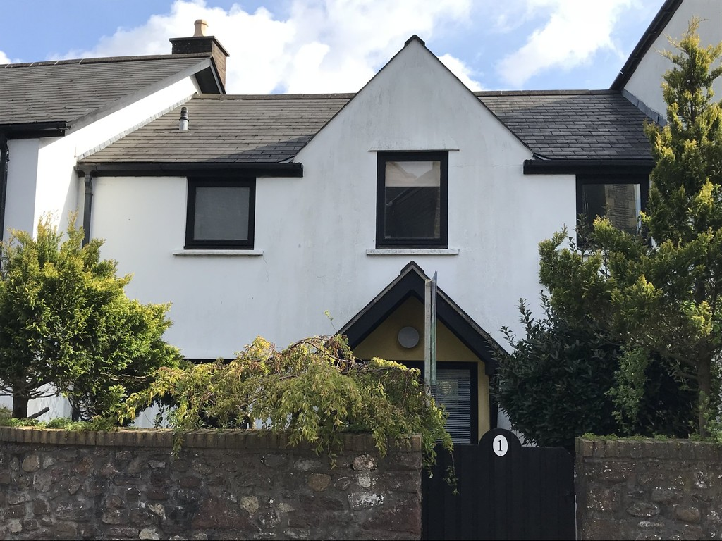 Delightful 3 Bedroom Contemporary Cottage Style Property, Situated In The Heart Of Llandaff Village, Cardiff