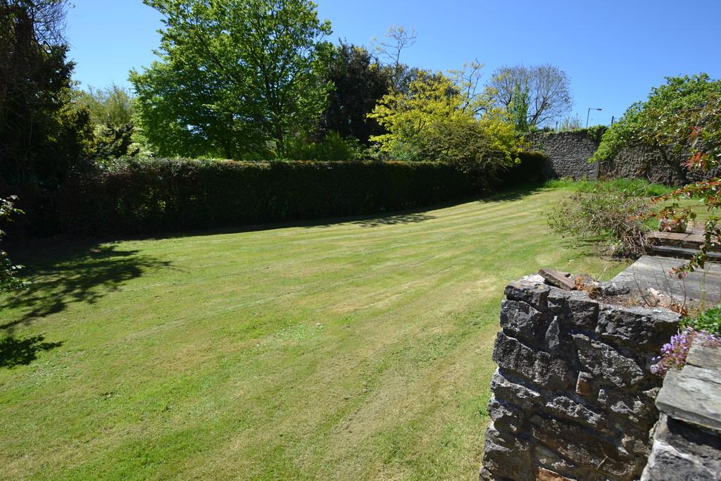 Cradocks Hill, Nottage, Porthcawl, Bridgend County Borough, CF36 3TE,