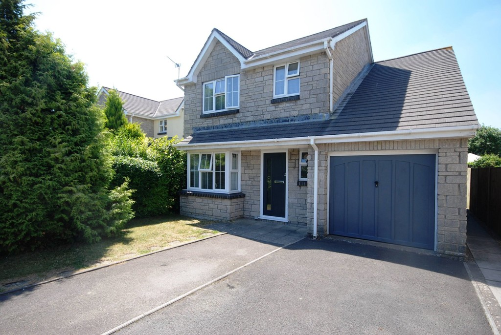Stunning, Modern Home In Much Sought After Street in Llantwit Major, Vale of Glamorgan