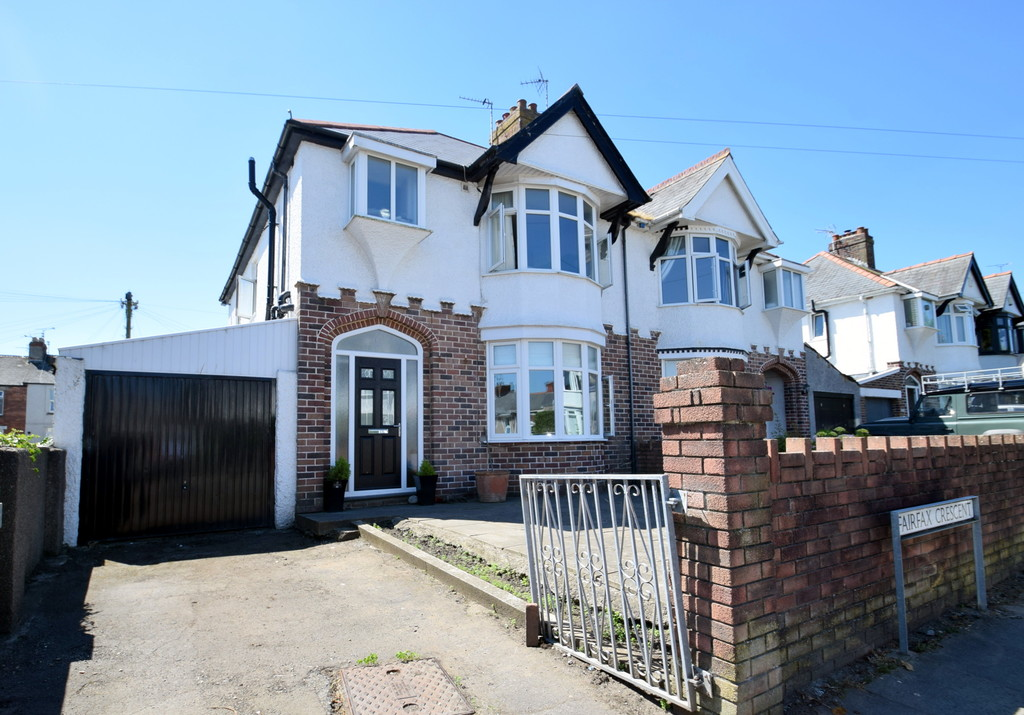 Traditional, Semi Detached 3 Bed Property Within Walking Distance of Porthcawl Town