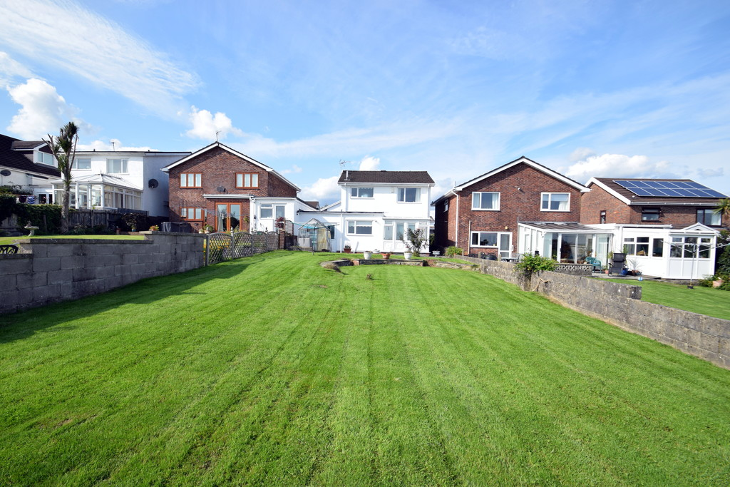 28 Hillside, Penyfai, Bridgend, Bridgend County Borough, CF31 4BG