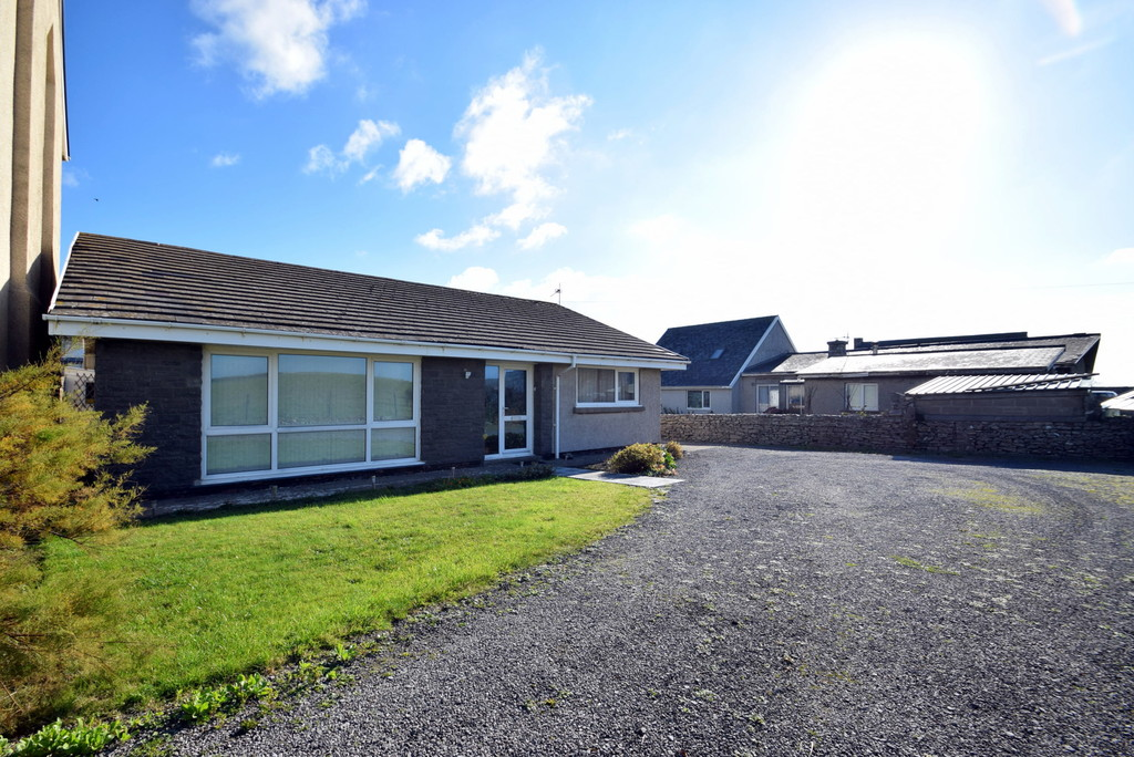 A Traditional, 3 Bedroom Detached Bungalow Offering Uninterupted Farmland Views, Southerndown. No Chain.