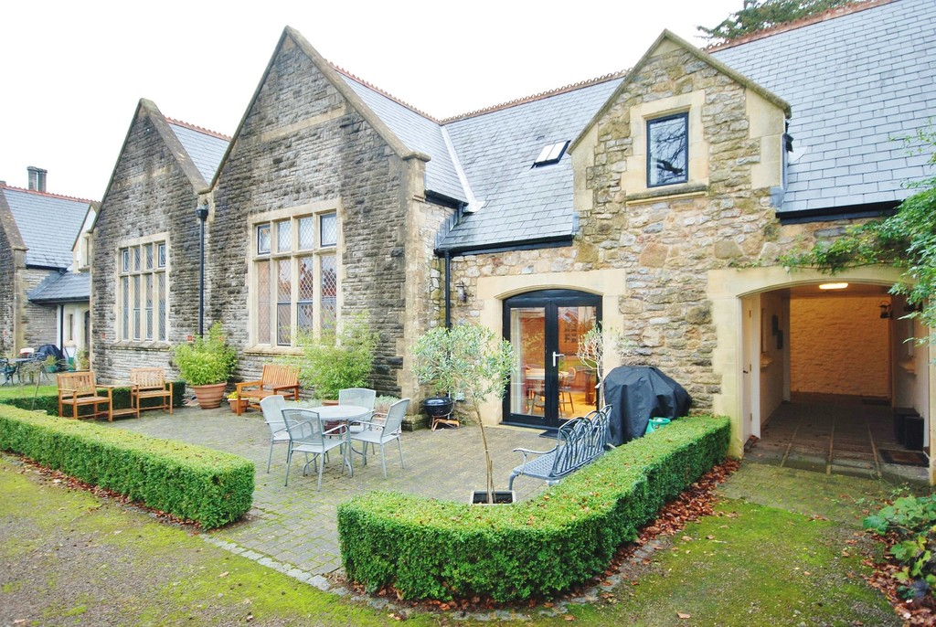 An Exceptional 4 Bed Property Within Yards Of Cowbridge High Street And Overlooking The Grounds Of The Old Grammar School, Vale of Glamorgan