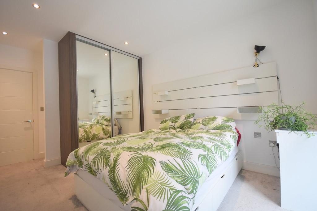 Apartment 8 Bayscape, Watkiss Way, Cardiff, CF11 0TA