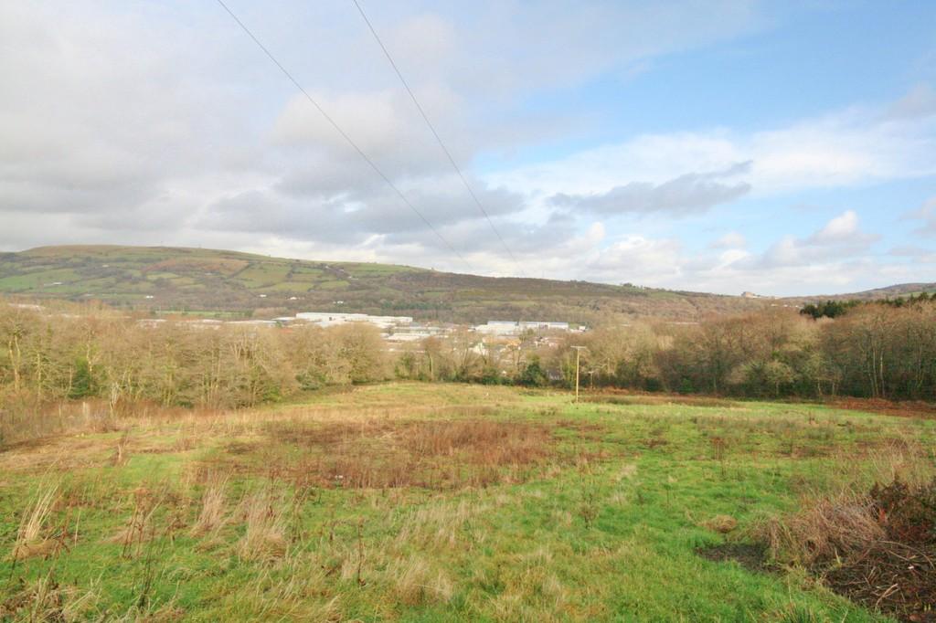 Gedrys Farm, Main Road, Gwaelod-Y-Garth. Cardiff