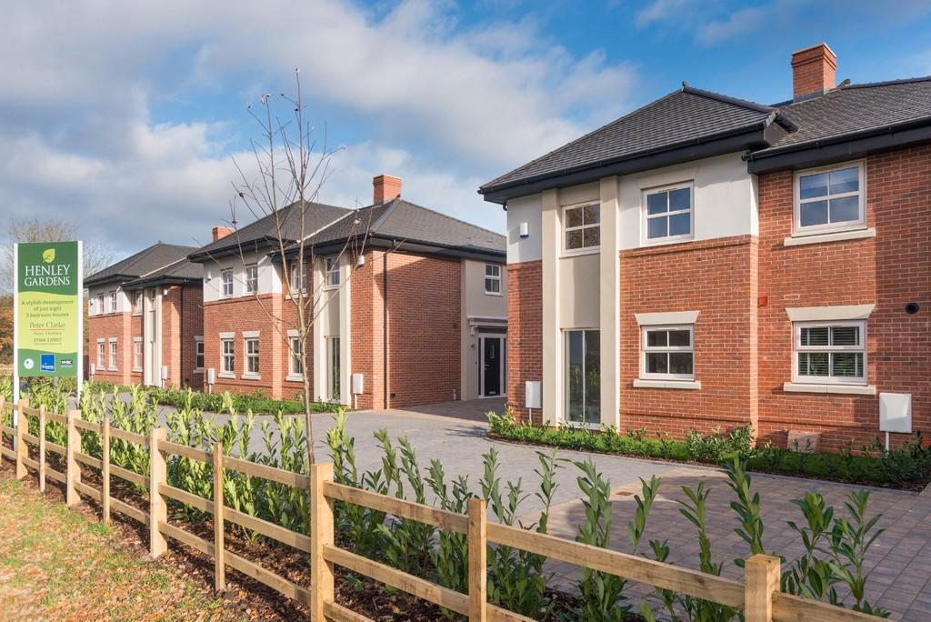3 Bedroom Semi-Detached House, Plot 3 Henley Gardens