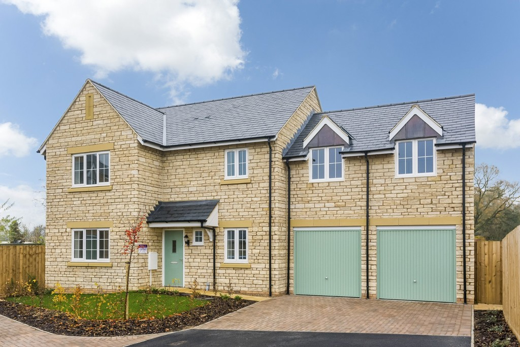 4 Bedroom Detached House, Plot 4 Compton Chase, Long Compton