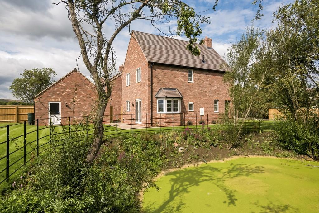 4 Bedroom Detached House, 5 Edgehill View, Gaydon