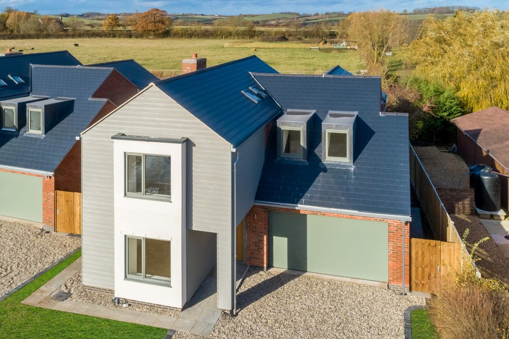 4 Bedroom Detached House, Tehidy, Green Lane, Oxhill