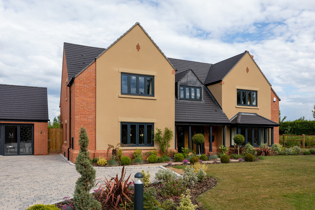 5 Bedroom Detached House, No. 1 Harvington House, Milbank, Welford On Avon