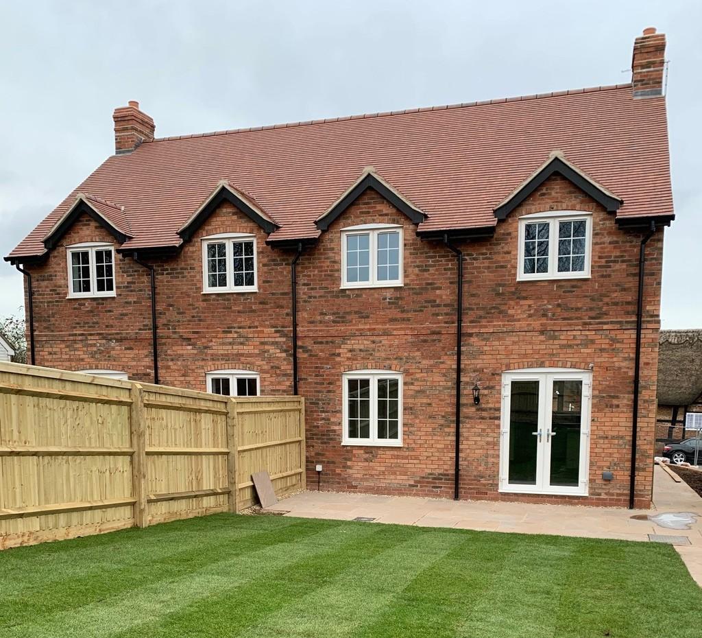 3 Bedroom Cottage, 8a Birmingham Road, Stoneleigh