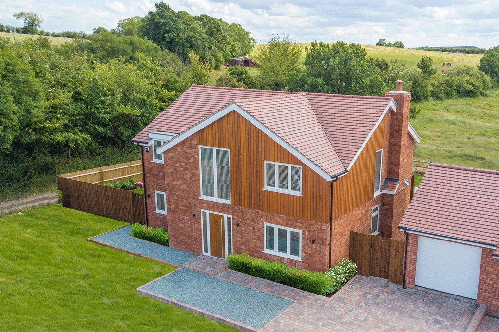 4 Bedroom Detached House, Birchtree House, Wootton Wawen, Henley In Arden