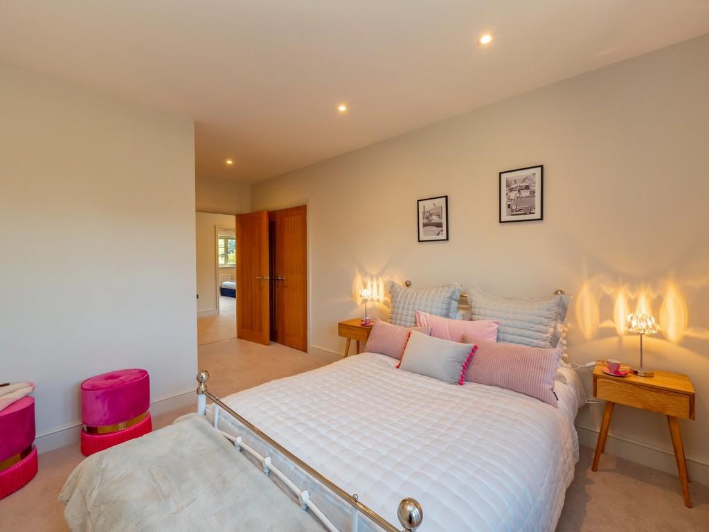 5 Bedroom Detached House, Arden House, Hatton Green, Hatton, Warwick