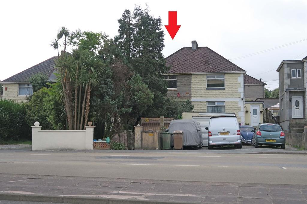 http://media2.jupix.co.uk/v3/clients/663/properties/15964/IMG_15964_7_large.jpg