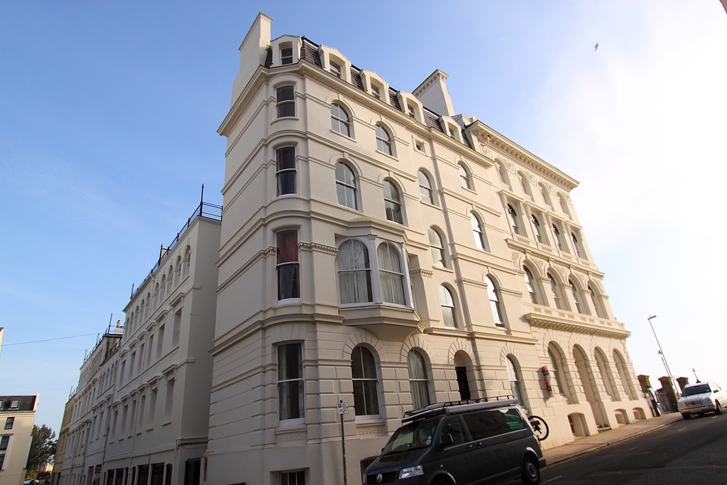 The Hoe, Plymouth Town and Country lettings
