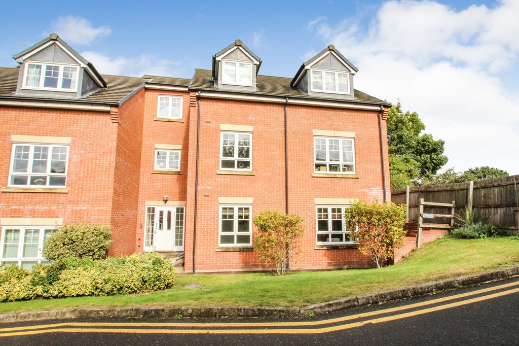2 bedrooms  Apartment - Ansell Court, Ansell Road, WARWICK CV34