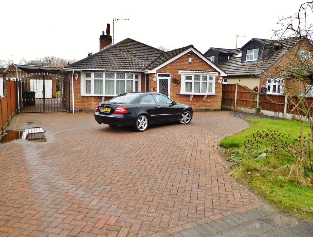 3 bedroom  Detached Bungalow - Rugby Road, BINLEY WOODS CV3 2AZ