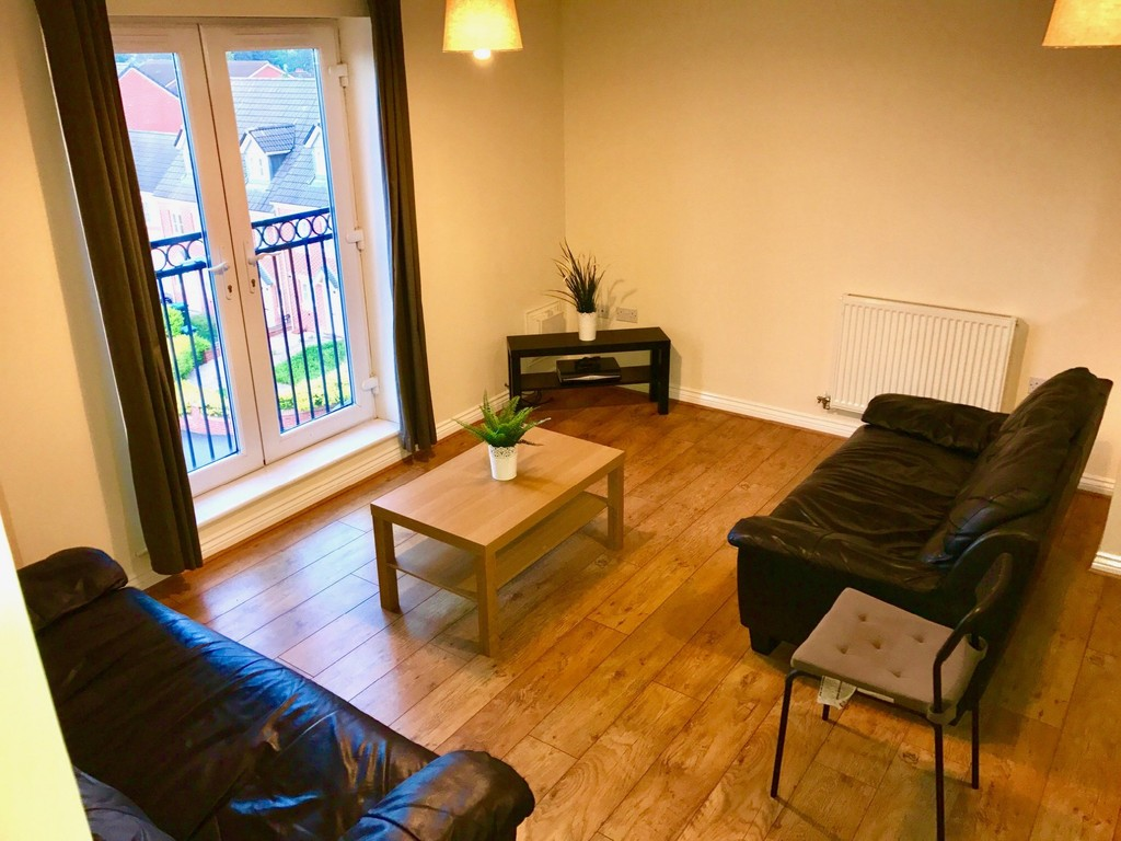 2 bedroom  Apartment - SIGNET SQUARE CV2