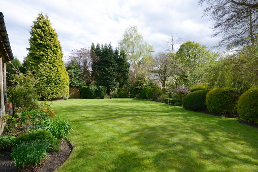 The Bungalow, Avenue Farm, Old Hay Lane, Dore