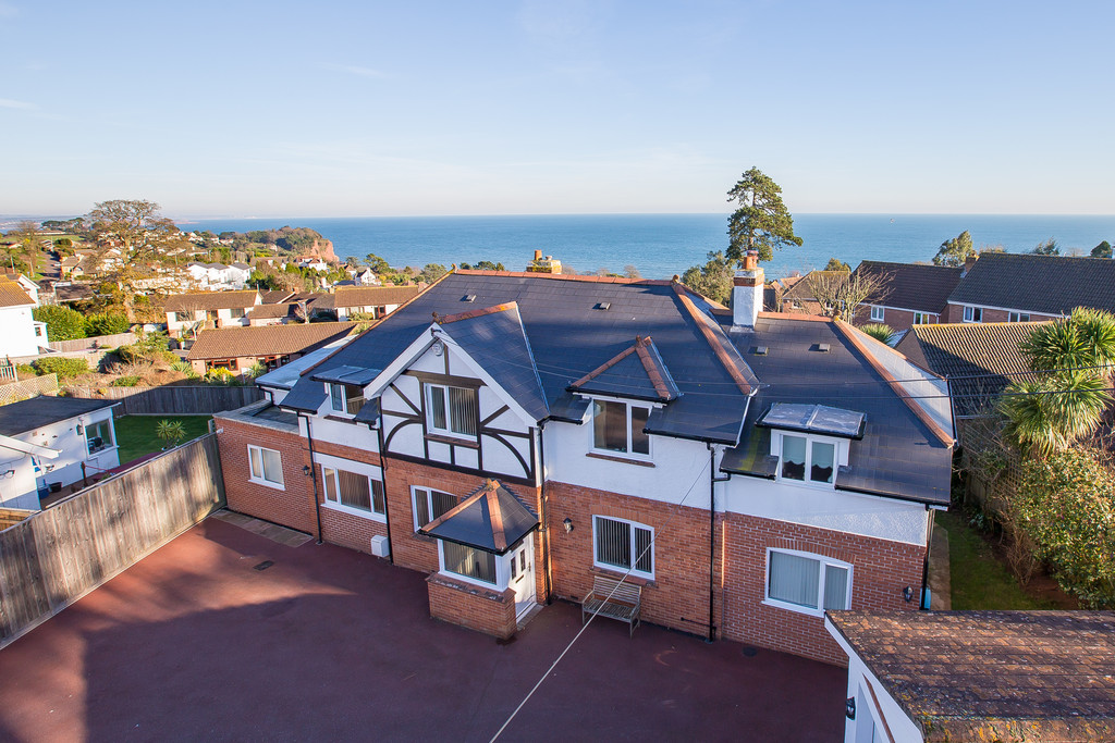 Cliff Road, Teignmouth, TQ14 8TW