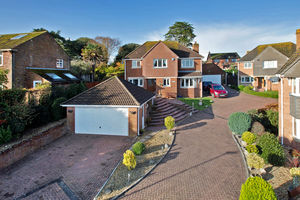 Pine Close, Teignmouth, TQ14 8XA-0