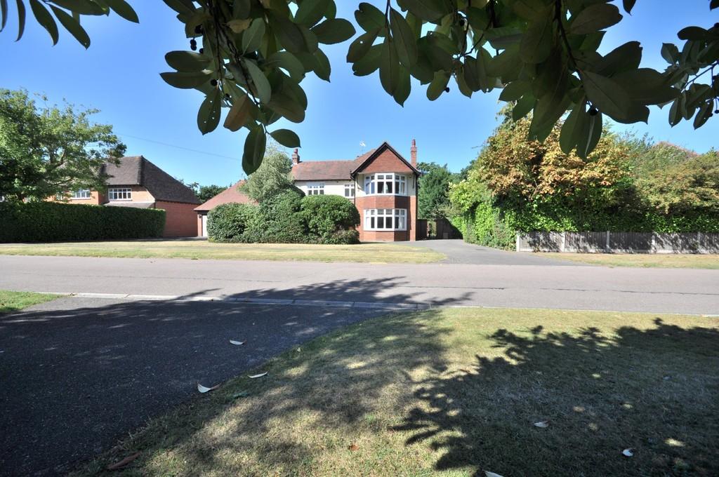 Fitzwalter Road, Lexden