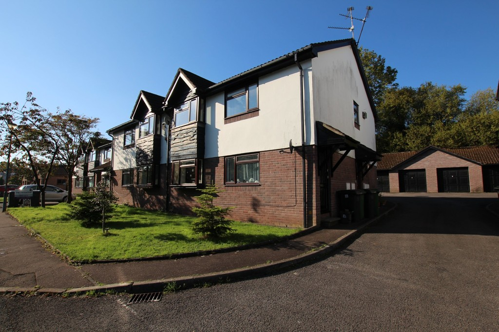 Morton Court, Heath Park Drive, Heath, Cardiff, CF143QJ