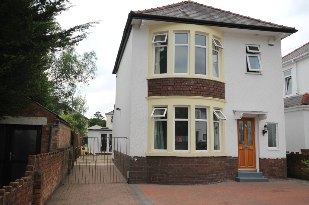 Whitefield Road, Llandaff North, Cardiff, CF14 2JG