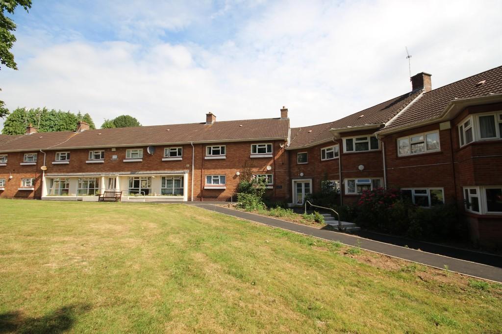 Hollybush Estate, Whitchurch, Cardiff, CF147DW