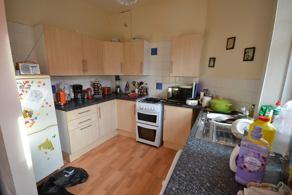 3 bedroom											student 					               		mid terraced house                		for rent in heaton