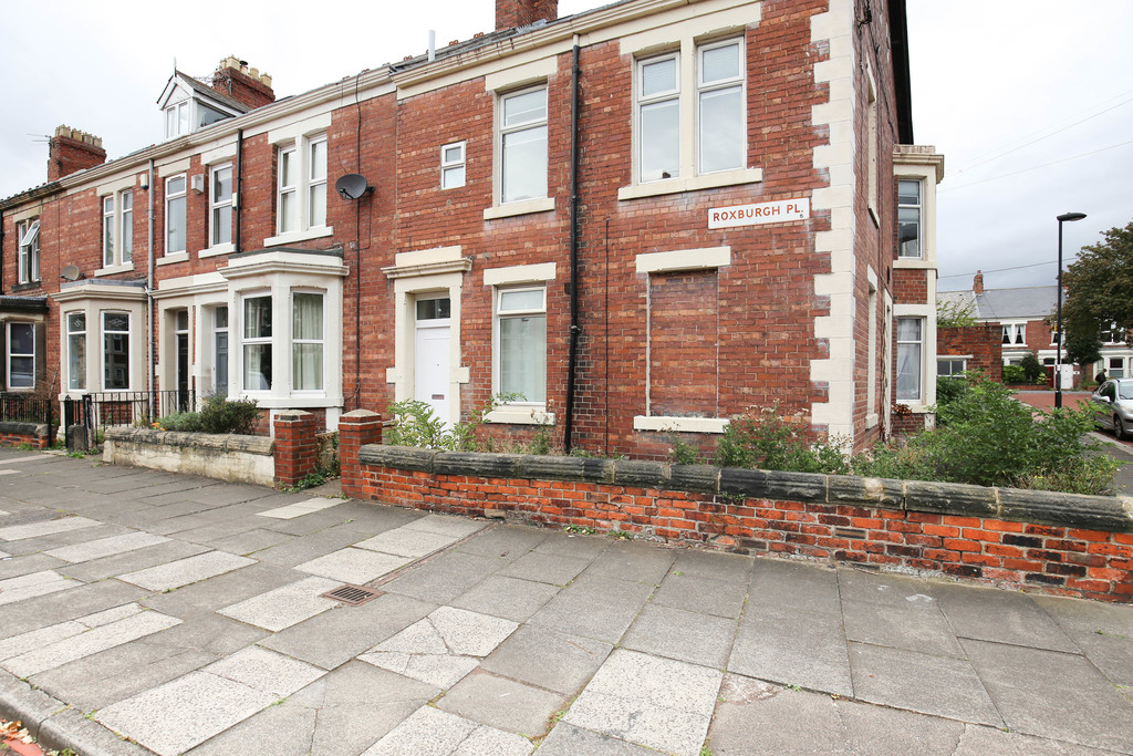 4 bedroomstudent                flat / apartment               for rent in heaton