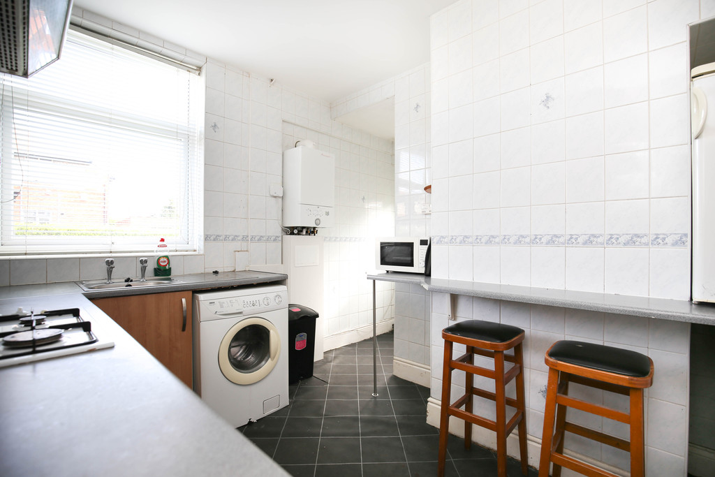 2 bedroom               flat               for rent in high heaton